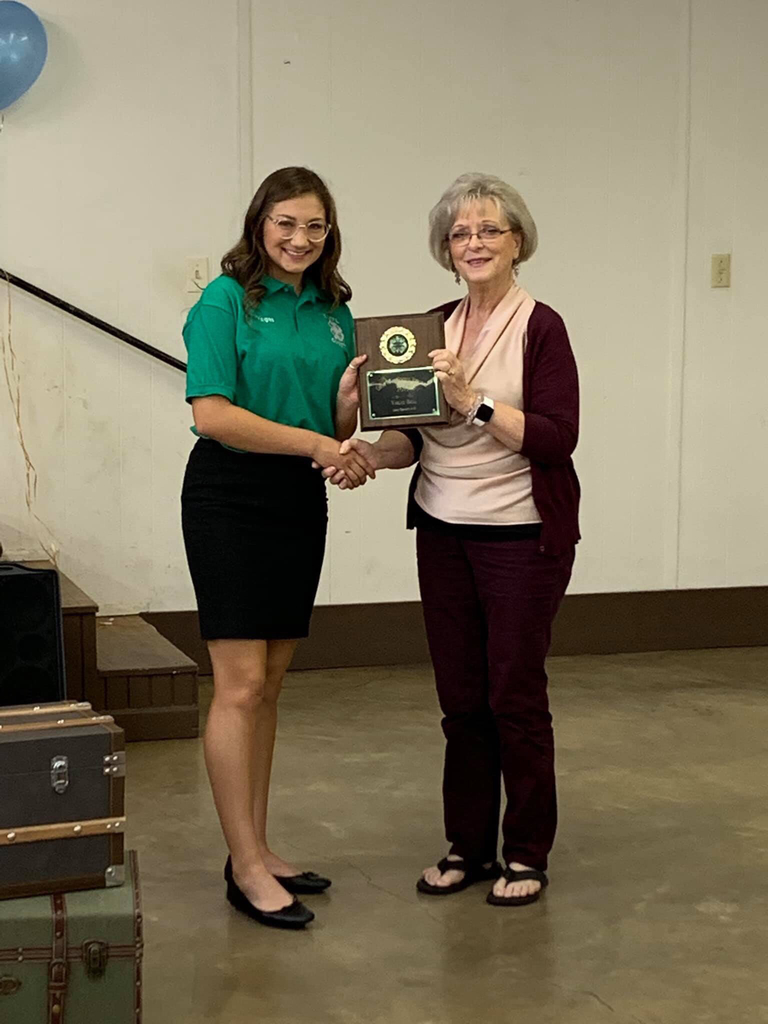 Vegas bell is the recipient of the 2019 Connie McKay memorial scholarship for 4-H.